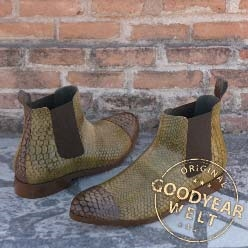 chelsea-boot-classic-python