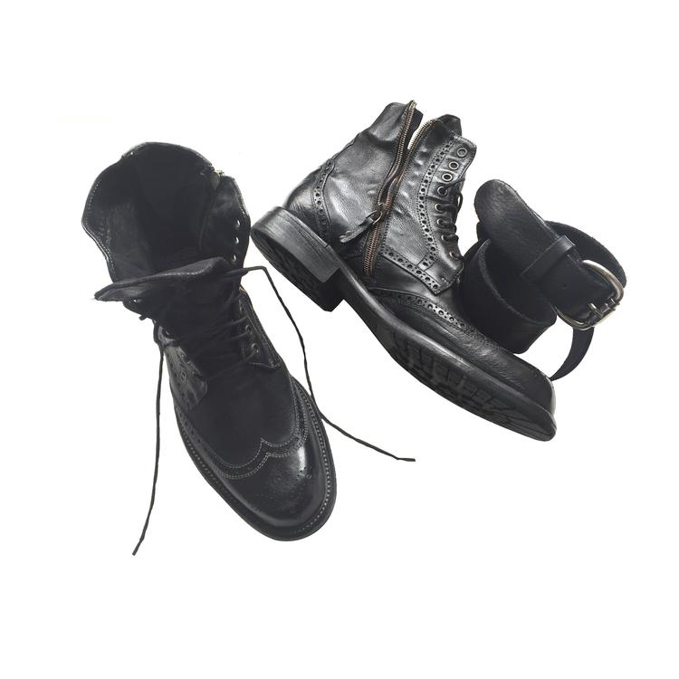 Calzoleria Toscana 9147 Buffalo Wingtip Boots Black Image